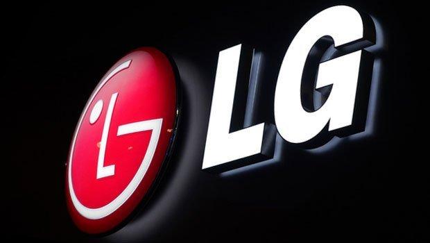 CES 2018, LG presenta il TV OLED 4K che si arrotola