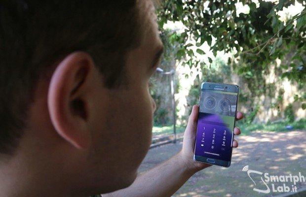 Samsung Galaxy Note 7, esplode la batteria: vendite sospese e richiamo